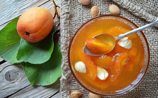 варенье из садовых абрикосов дольками