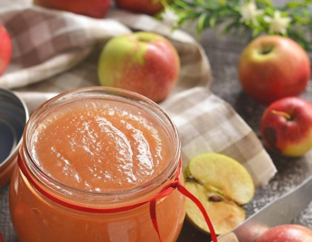 заготовка с яблоками